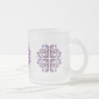 Art abstrait de rose de lilas tasse à café