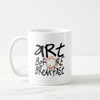 Art avant tasse de petit déjeuner