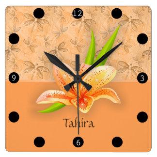 Art de Lilium et de nature de couleur de pêche Horloge Carrée