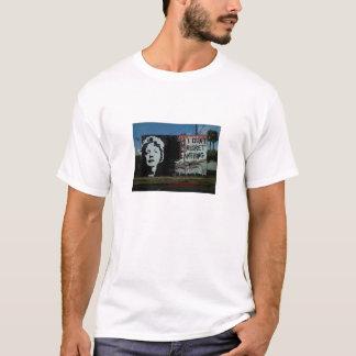 Art de rue d'Edith Piaf T-shirt