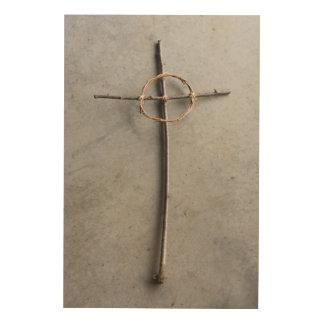 Art en bois rustique de nature de croix celtique