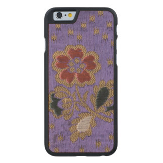 Art en soie floral pourpre japonais vintage de coque carved® slim iPhone 6 en érable