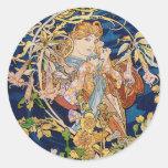 Art Nouveau de Mucha : Femme avec la marguerite Autocollants Ronds