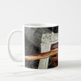 Art photographique tombé encadré d'arbre mug