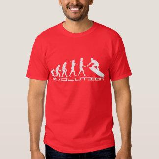 Art surfant d'évolution de sport de surfer t-shirts