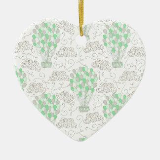 Art vert chaud de décor de crèche de ballons à air ornement cœur en céramique