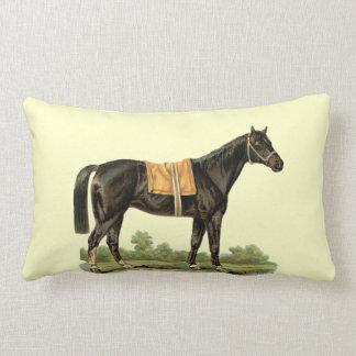 Art vintage de beau cheval noir sur la crème oreillers