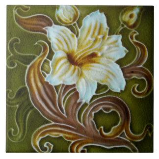 Artisan floral d'art de majolique vintage de grand carreau carré