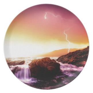Assiette cascade et coucher du soleil de la Californie