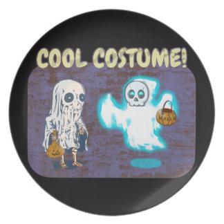 Assiette Costume de fantôme et de squelette