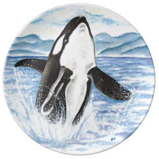 Assiette En Porcelaine Aquarelle ouvrant une brèche la baleine d'orque