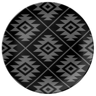 Assiette En Porcelaine Gris stylisé d'atterrisseur Ptn de symbole aztèque