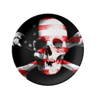 Assiette En Porcelaine Le drapeau américain superposé à un crâne