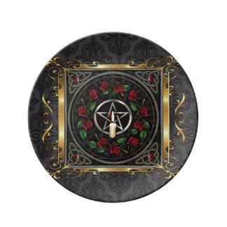 Assiette En Porcelaine Le rituel médiéval en pierre de sorcellerie de