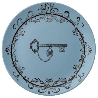 Assiette En Porcelaine Plat de dîner principal en filigrane avec la
