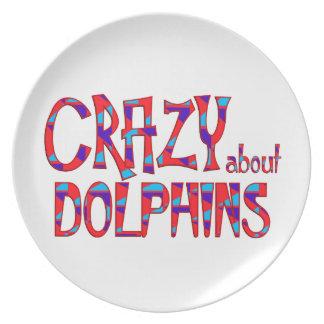 Assiette Fou au sujet des dauphins