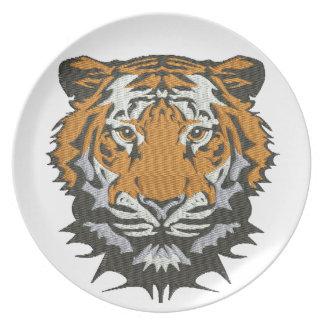 Assiette imitation de tigre de broderie