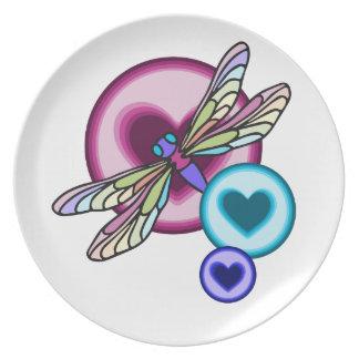 Assiette Le pastel a coloré la libellule avec rose bleu et