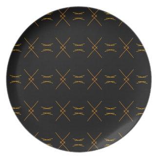 Assiette Ligne minimaliste motif de noir et d'or