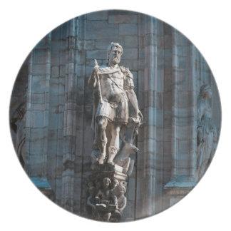 Assiette Monument d'architecture de statue de dôme de