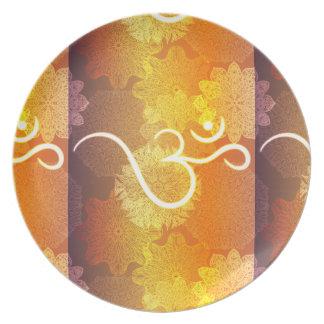 Assiette Motif indien d'ornement avec le symbole d'ohm