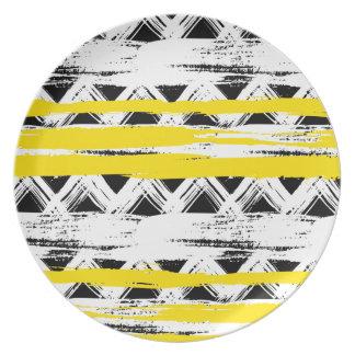 Assiette Motif tribal de rayures jaunes blanches noires