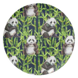 Assiette Panda avec le motif en bambou d'aquarelle
