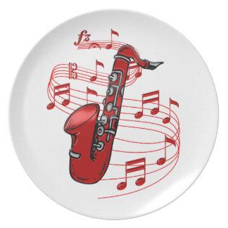 Assiette Saxo rouge avec des notes de musique
