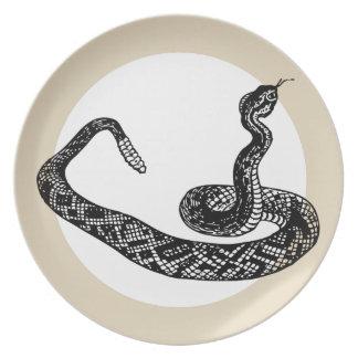 Assiette serpent de hochet