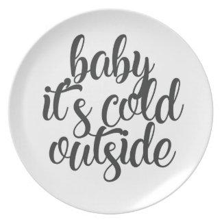 Assiettes En Mélamine Bébé c'est extérieur froid