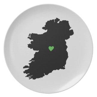 Assiettes En Mélamine Carte irlandaise de coeur de fierté de l'Irlande