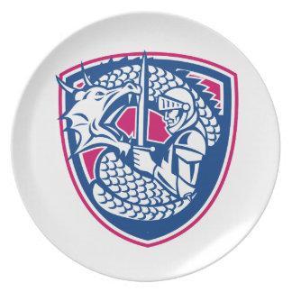Assiettes En Mélamine Crête de combat de dragon et de chevalier