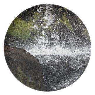 Assiettes En Mélamine Détail d'une petite cascade