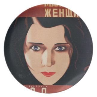 Assiettes En Mélamine Mauvaise jeune femme russe