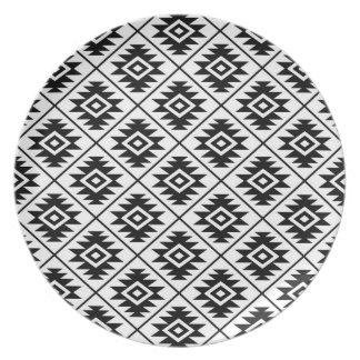 Assiettes En Mélamine Noir stylisé du symbole aztèque RPT Ptn sur le