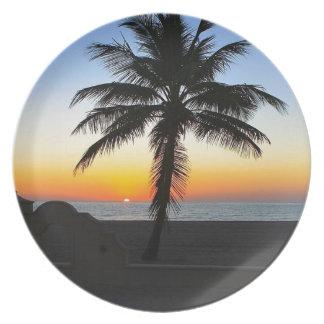 Assiettes En Mélamine Plage de sable de ciel de palmier d'aube d'aube de