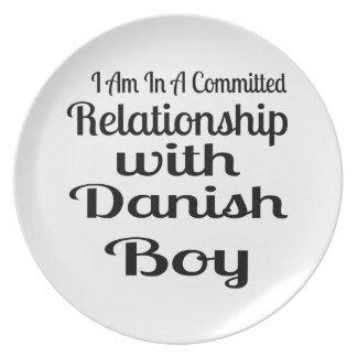 Assiettes En Mélamine Rapport avec le garçon danois