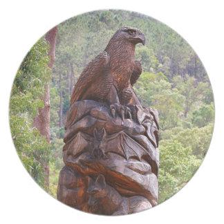 Assiettes En Mélamine Totem d'Eagle découpant, Portugal