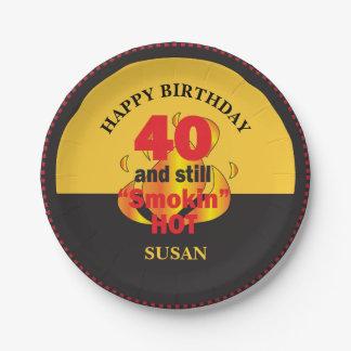 Assiettes En Papier 40 et toujours anniversaire chaud de Smokin |