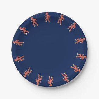Assiettes En Papier Elfe de Noël sur l'arrière - plan bleu - réveillon