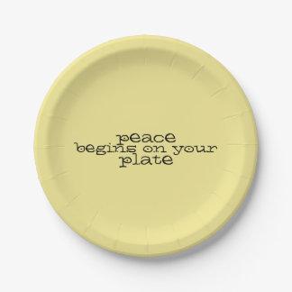 Assiettes En Papier La paix commence de votre plat