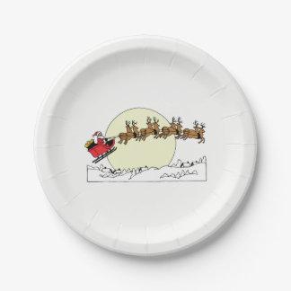 Assiettes En Papier Le renne de Père Noël au-dessus de la neige a
