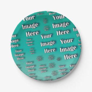 Assiettes En Papier Modèle photo de Digitals