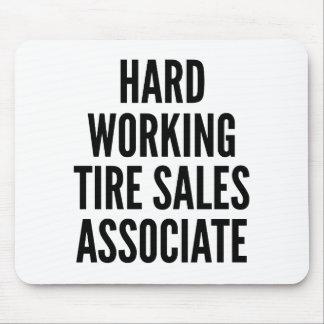 Associé commercial travaillant dur de pneu tapis de souris
