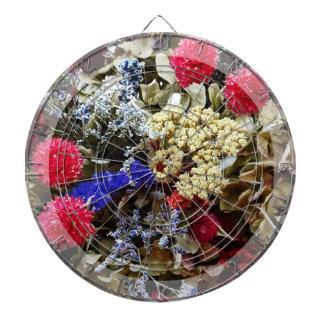 Assortiment des fleurs sèches jeu de fléchettes