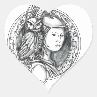 Athéna avec le hibou sur le cercle de circuit sticker cœur