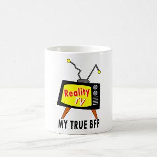 attaquez le poste TV démodé de la réalité TV mon Mug Blanc