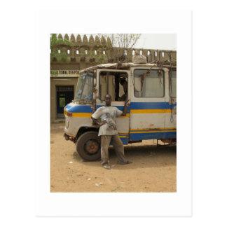 Attente des passagers dans Djenne, le Mali Cartes Postales