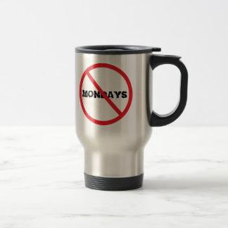 Aucun lundi mug de voyage