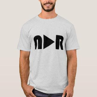 """Aucune raison apparente - pièce en t de """"bouton de t-shirt"""